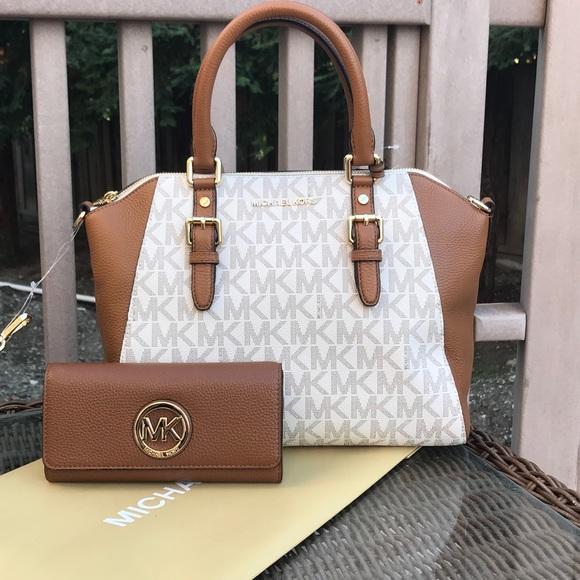 0d5c5a877b25 Michael Kors Bags   Large Ciara Satchel Bag Wallet Set   Poshmark